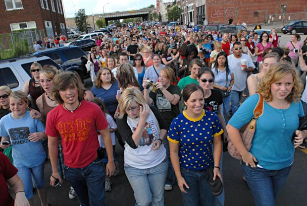 Zac Hanson (in red) joins Take The Walk in the band's hometown of Tulsa —photo credit: Jeremy Charles